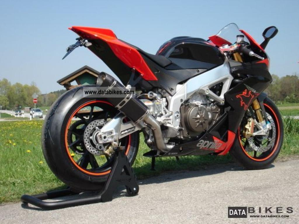 2011 aprilia rsv4 factory moto zombdrive com. Black Bedroom Furniture Sets. Home Design Ideas