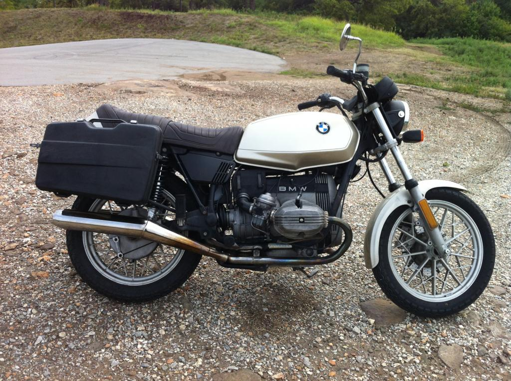 1983 Honda Goldwing Gl1100 Standard further Porsche 356 Speedster additionally Bmw R 1100 Gs 1998 further 77518 1975 Honda Gl1000 Naked Goldwing as well Lego Bmwr 1200gs Adventure Motorcycle. on 4 cylinder boxer engine