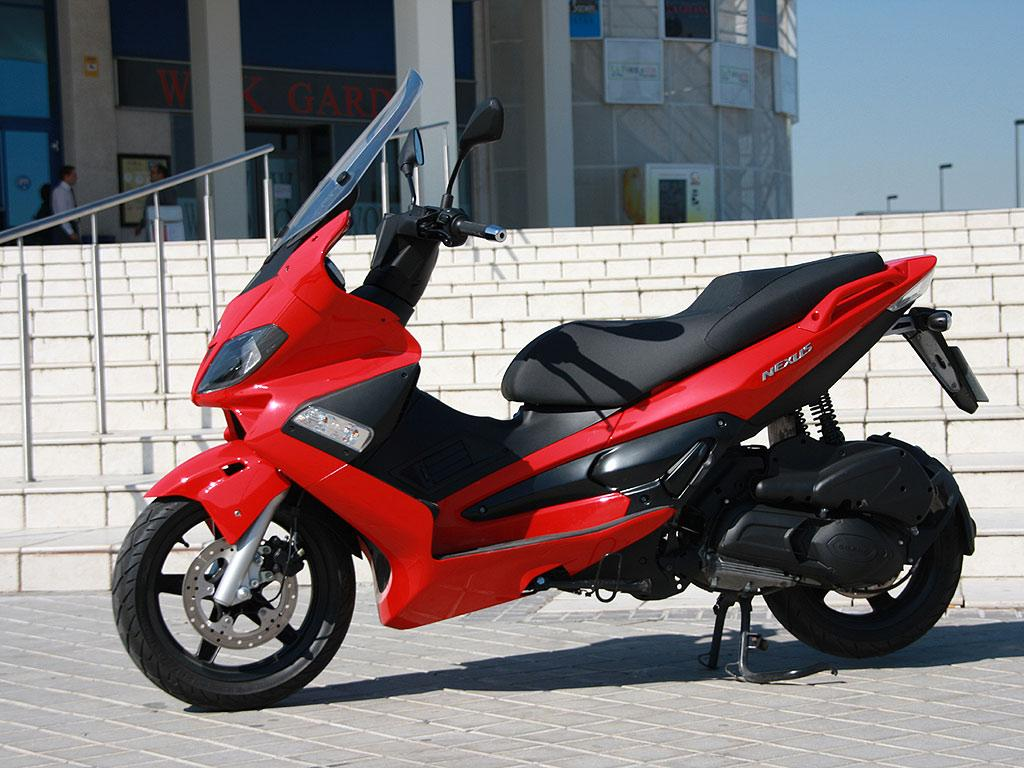 gilera gilera nexus 125 moto zombdrive com. Black Bedroom Furniture Sets. Home Design Ideas