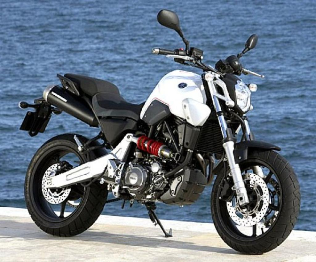 2012 yamaha mt 03 moto zombdrive com. Black Bedroom Furniture Sets. Home Design Ideas