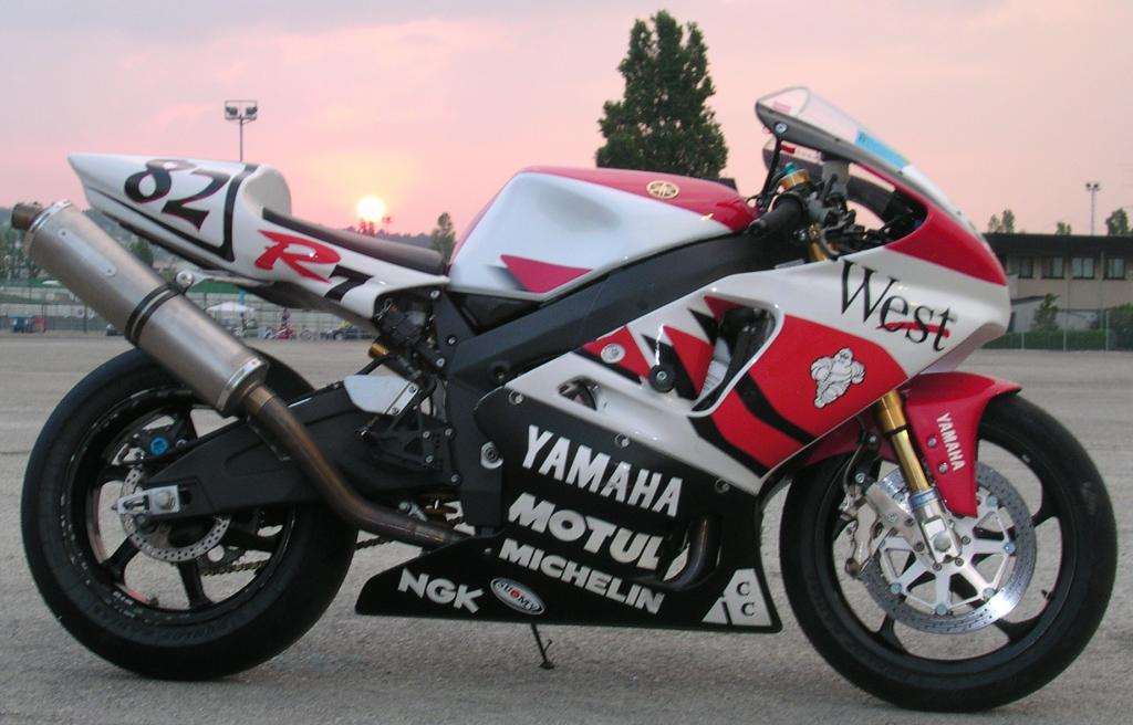 2001 Yamaha Roadstar 1600 also Showthread furthermore Ducati A Imola Per Layrton Senna Tribute 19942014 moreover D1 C5 C2 ED B9 FE D6 D8 D0 CD BB FA B3 B5 furthermore Yamaha Yzf R1 Photo. on yamaha yzf r7
