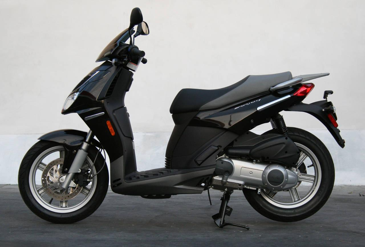 2009 aprilia sportcity one 50 moto zombdrive com. Black Bedroom Furniture Sets. Home Design Ideas
