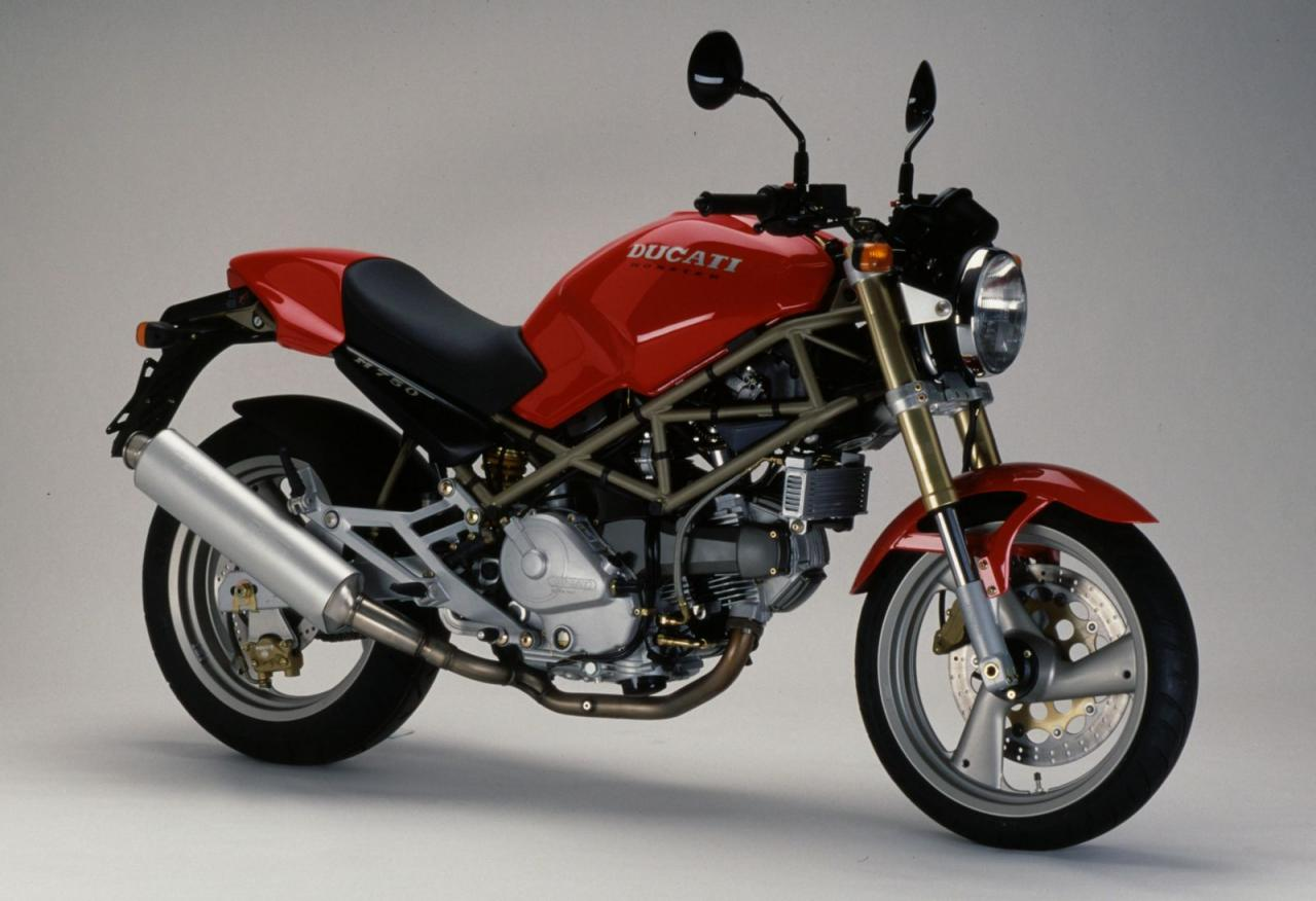 ducati ducati monster 750 moto zombdrive com. Black Bedroom Furniture Sets. Home Design Ideas