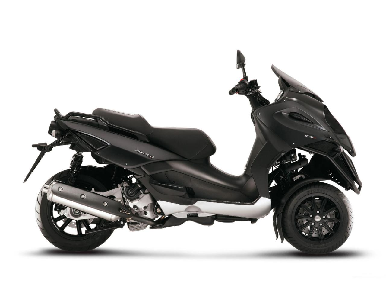 2011 gilera fuoco 500ie moto zombdrive com. Black Bedroom Furniture Sets. Home Design Ideas