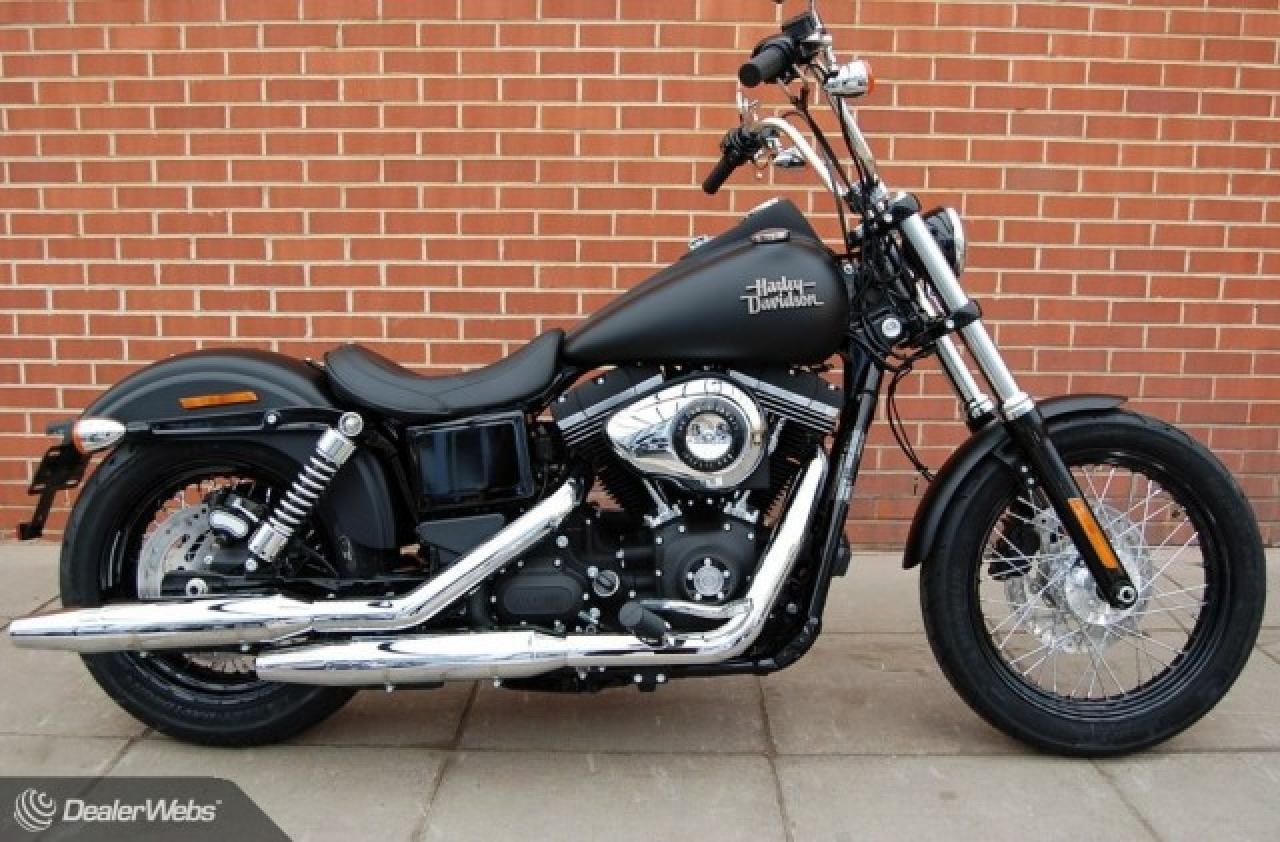 2013 harley davidson dyna street bob dark custom moto zombdrive com. Black Bedroom Furniture Sets. Home Design Ideas