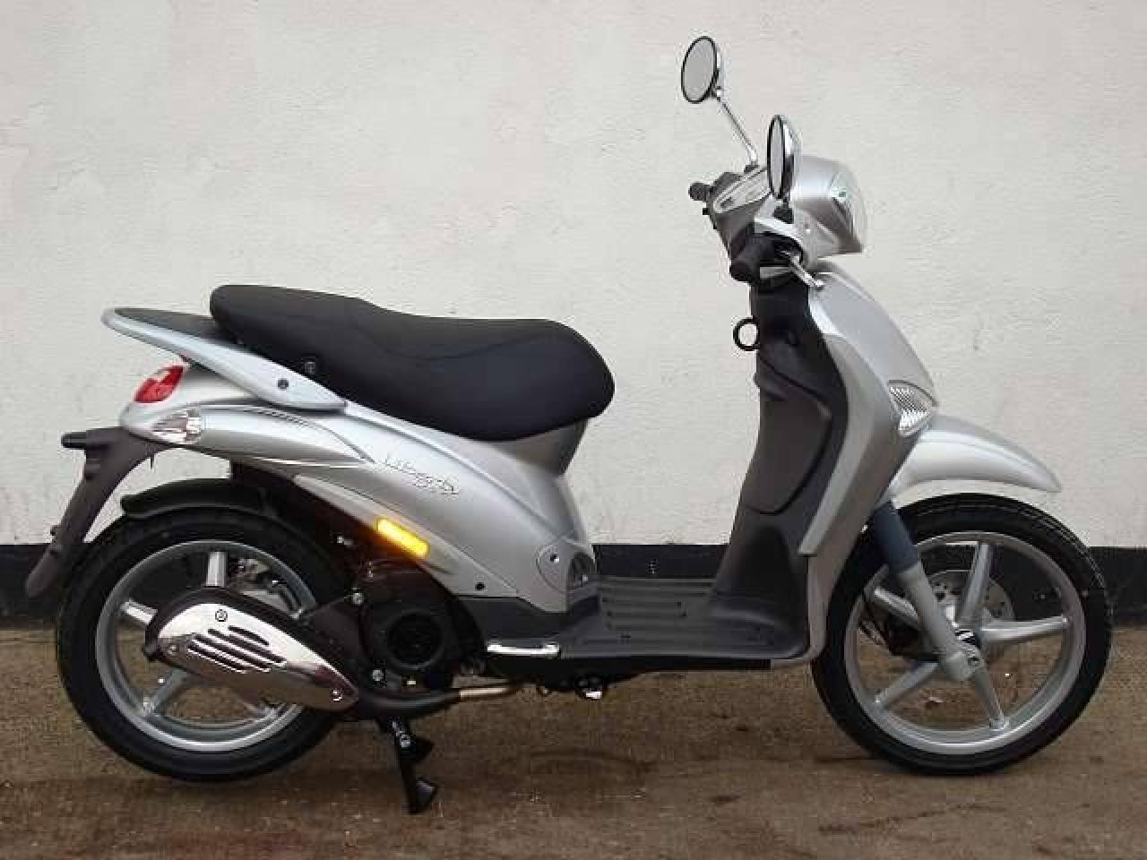 piaggio piaggio liberty 125 moto zombdrive com. Black Bedroom Furniture Sets. Home Design Ideas