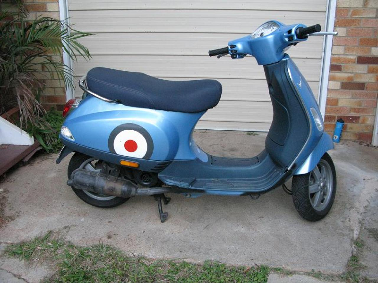 2006 vespa lx 50cc 2t moto zombdrive com. Black Bedroom Furniture Sets. Home Design Ideas