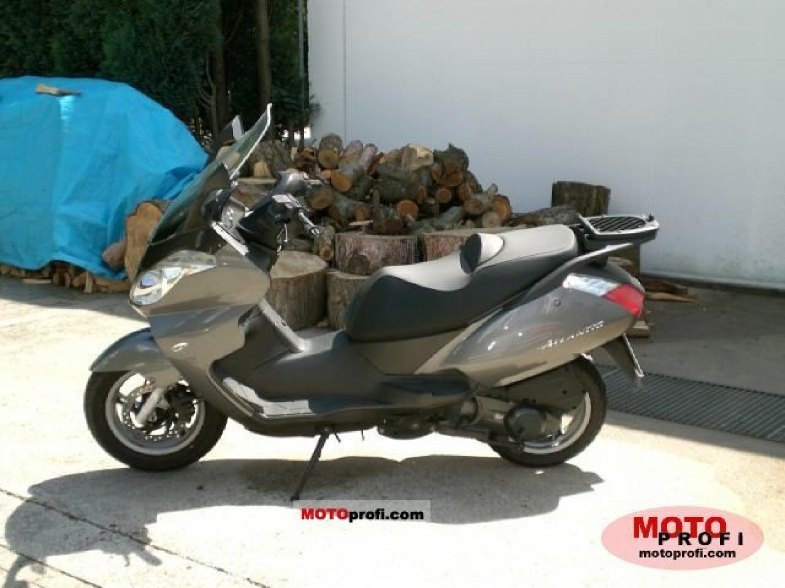 2005 aprilia atlantic 125 moto zombdrive com. Black Bedroom Furniture Sets. Home Design Ideas