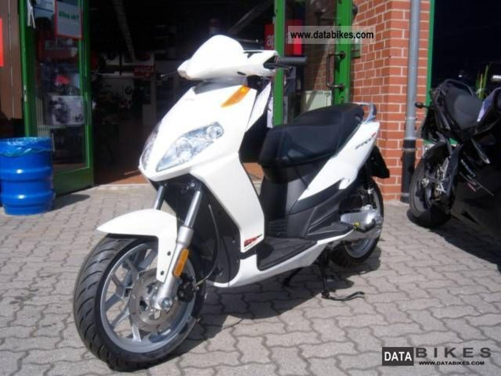 aprilia aprilia sportcity one 50 moto zombdrive com. Black Bedroom Furniture Sets. Home Design Ideas
