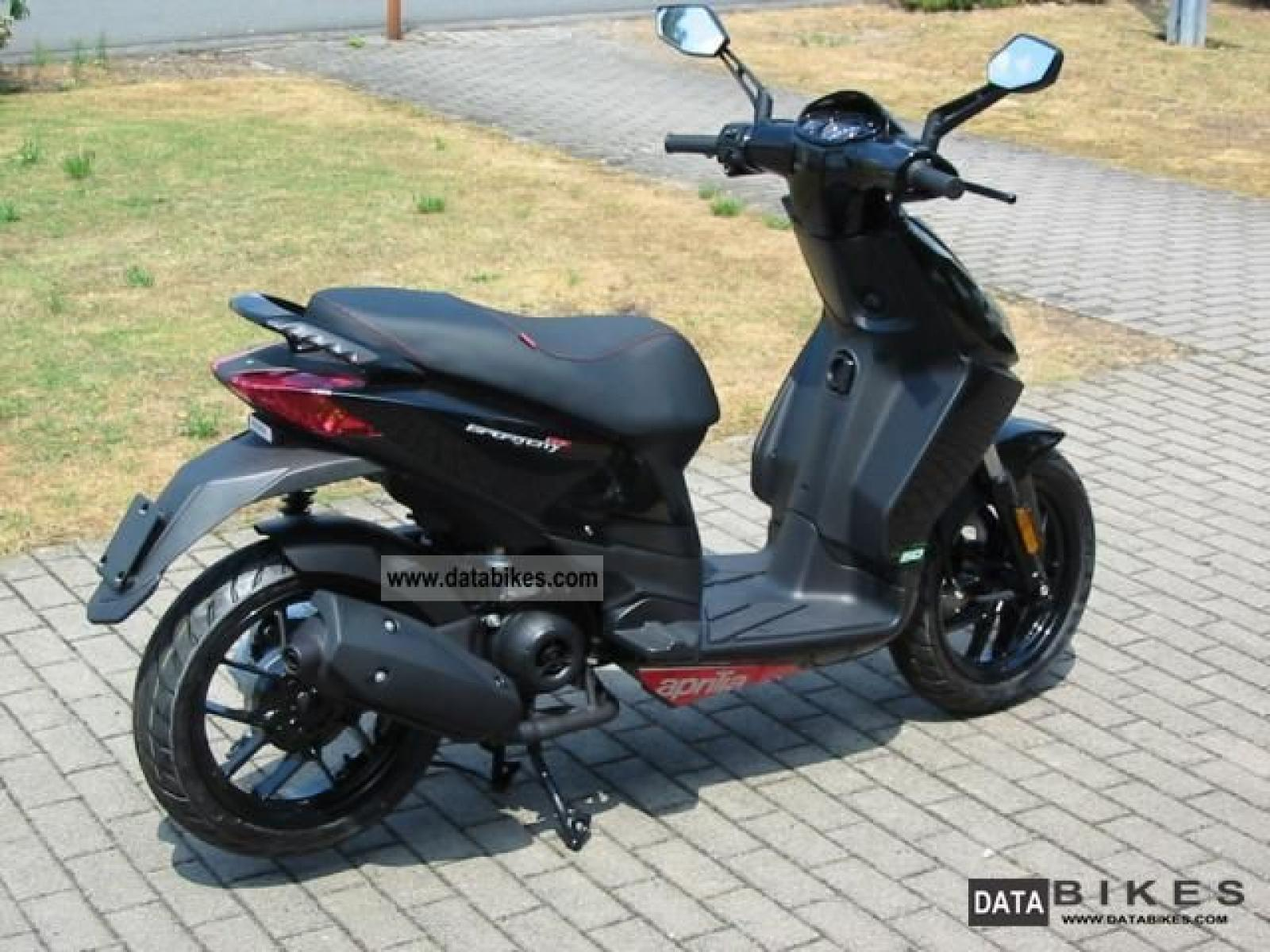 aprilia aprilia sportcity one 50 2t moto zombdrive com. Black Bedroom Furniture Sets. Home Design Ideas