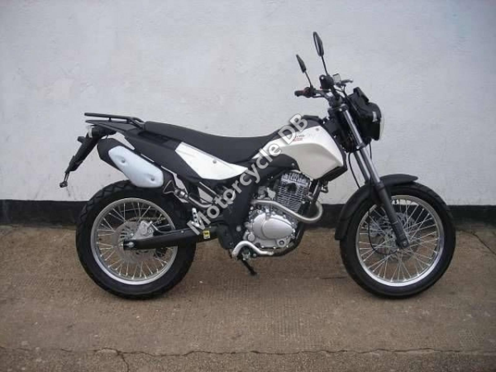 2007 derbi cross city 125 moto zombdrive com. Black Bedroom Furniture Sets. Home Design Ideas
