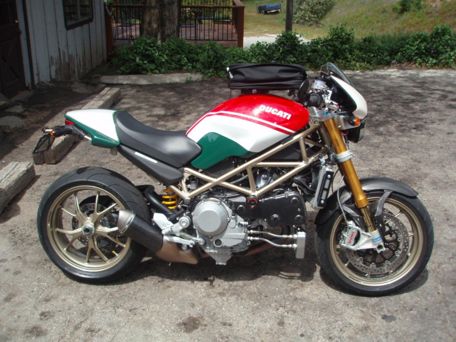 ducati ducati monster s4r s tricolore moto zombdrive com. Black Bedroom Furniture Sets. Home Design Ideas