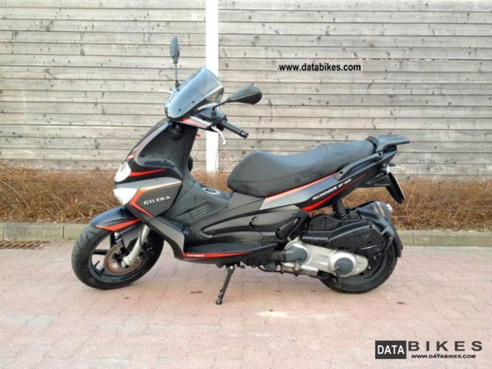 2008 gilera runner vx 125 moto zombdrive com. Black Bedroom Furniture Sets. Home Design Ideas
