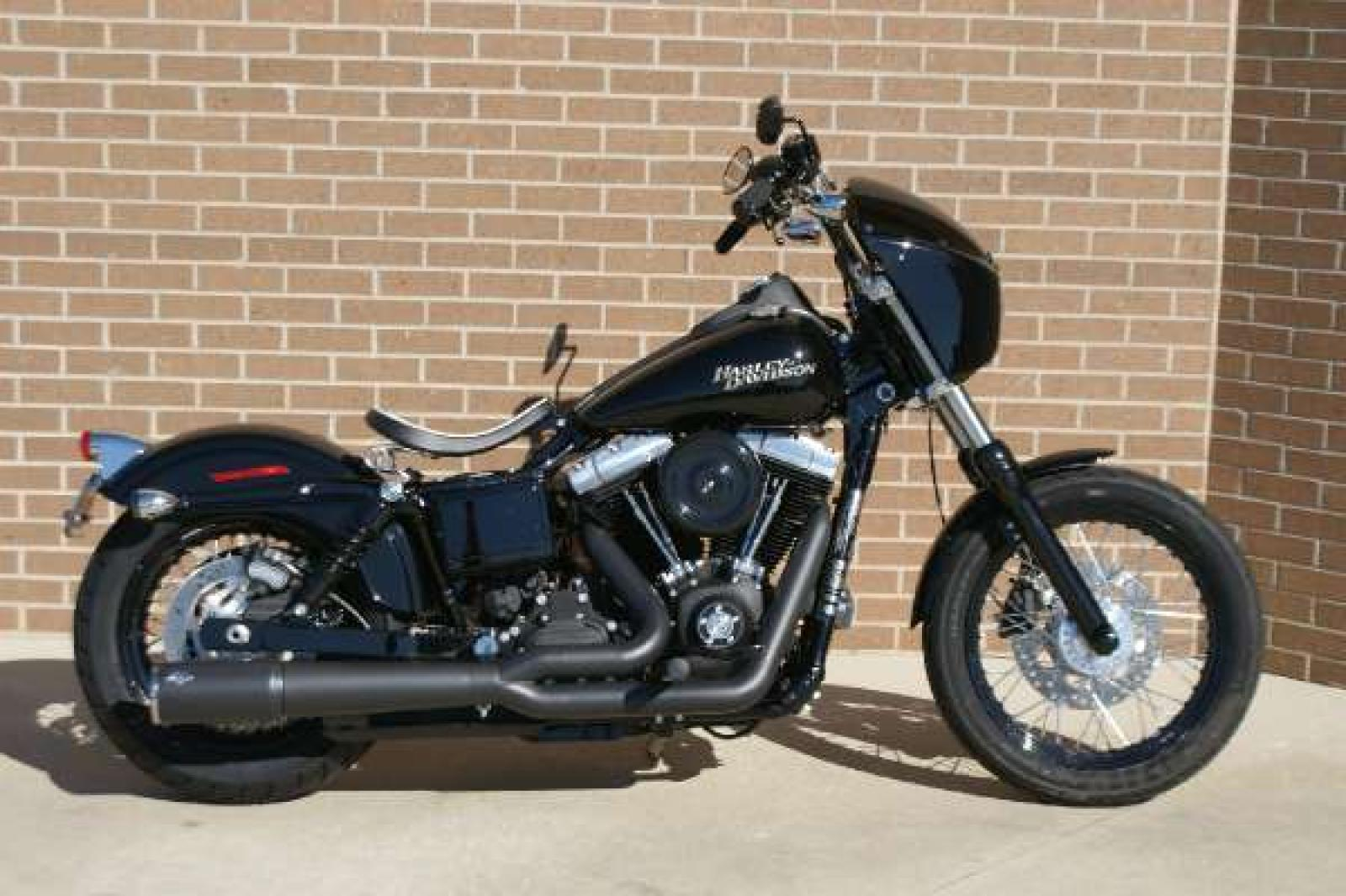 harley davidson harley davidson dyna street bob dark custom moto zombdrive com. Black Bedroom Furniture Sets. Home Design Ideas