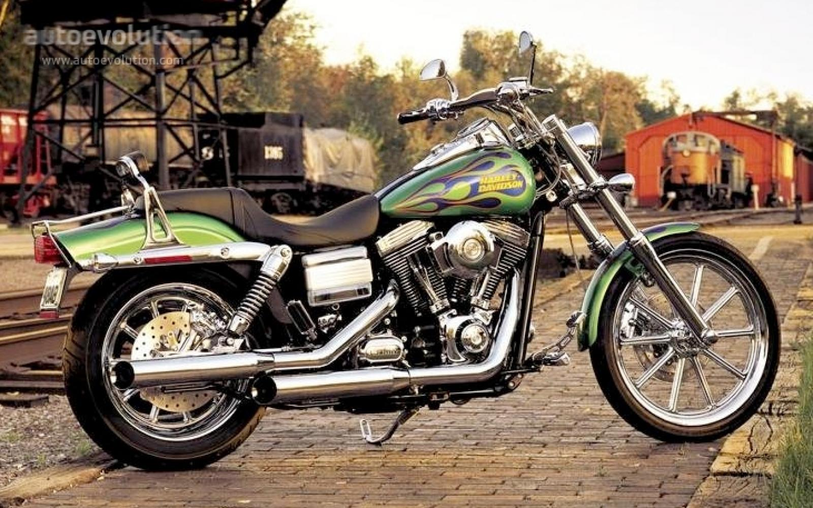 Harley Davidson Dyna Wide Glide Review