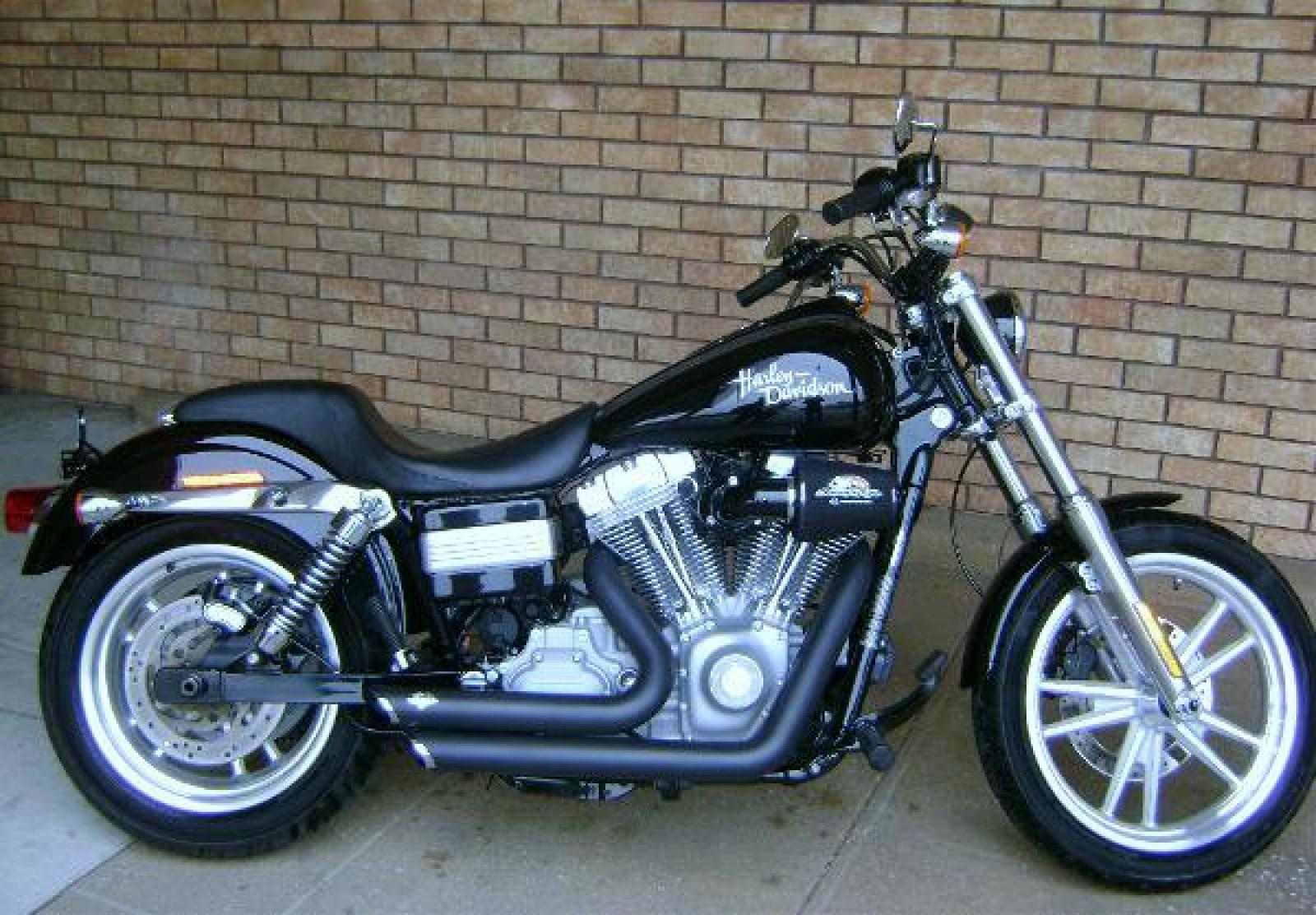 2006 harley davidson fxdci dyna super glide custom moto zombdrive com. Black Bedroom Furniture Sets. Home Design Ideas
