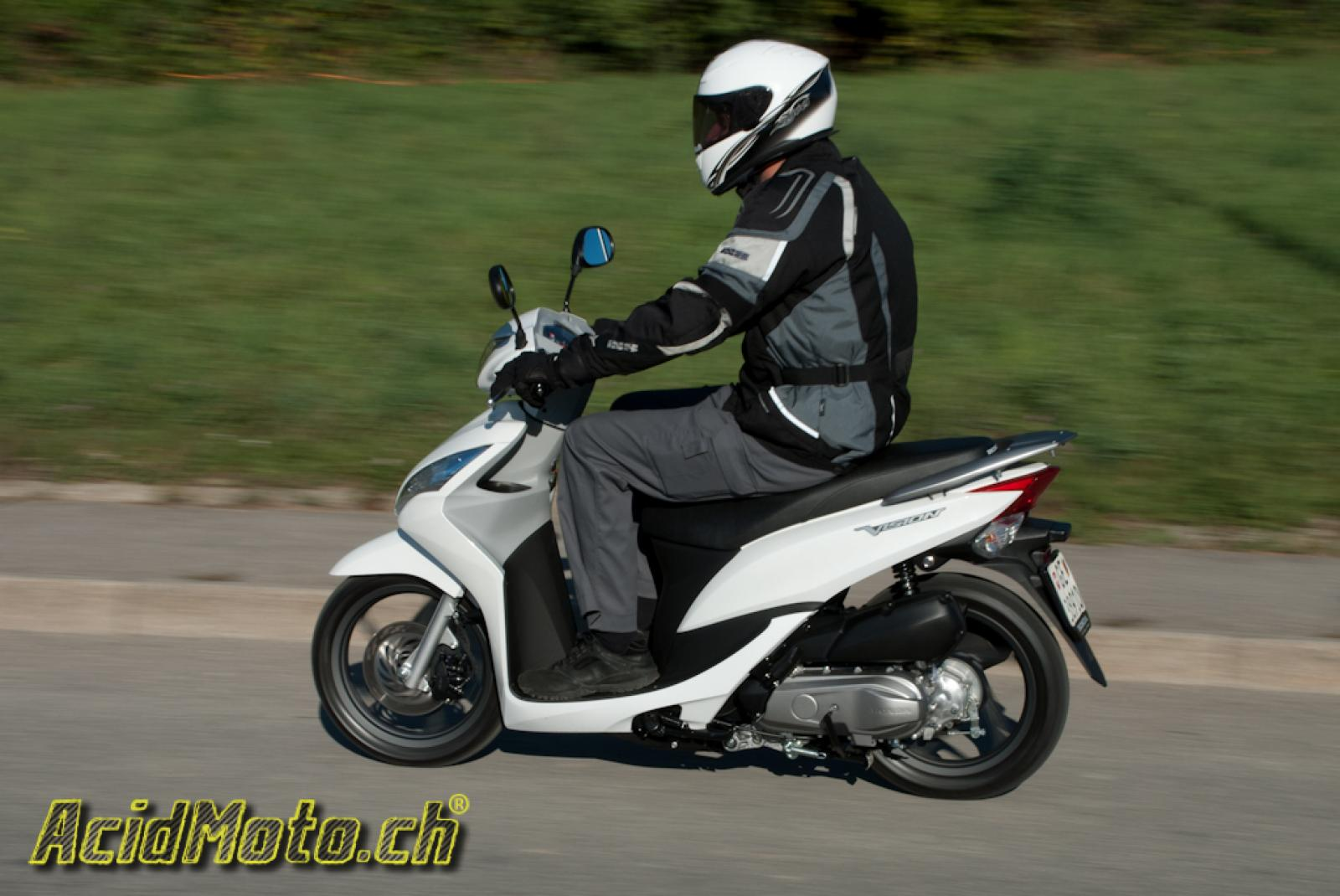 2014 honda vision 110 moto zombdrive com. Black Bedroom Furniture Sets. Home Design Ideas