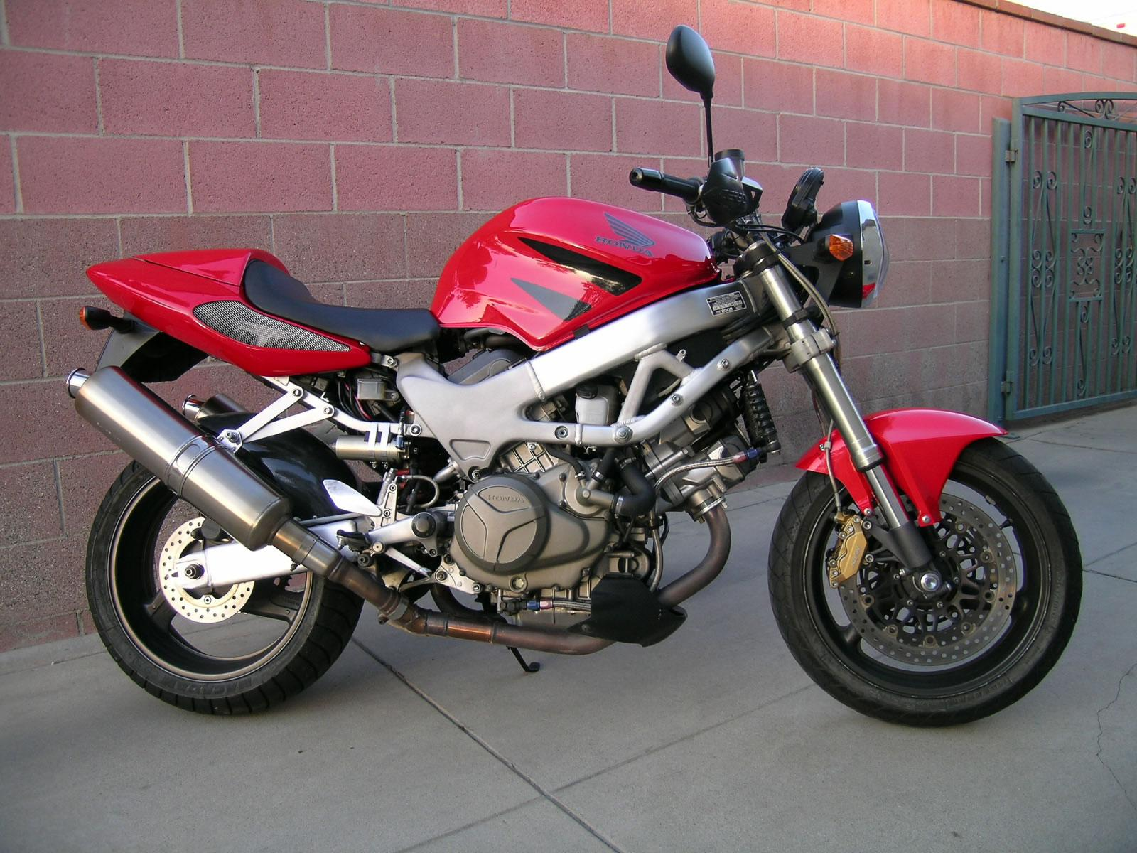 The commuter scooter!! 98 VTR1000f SuperHawk