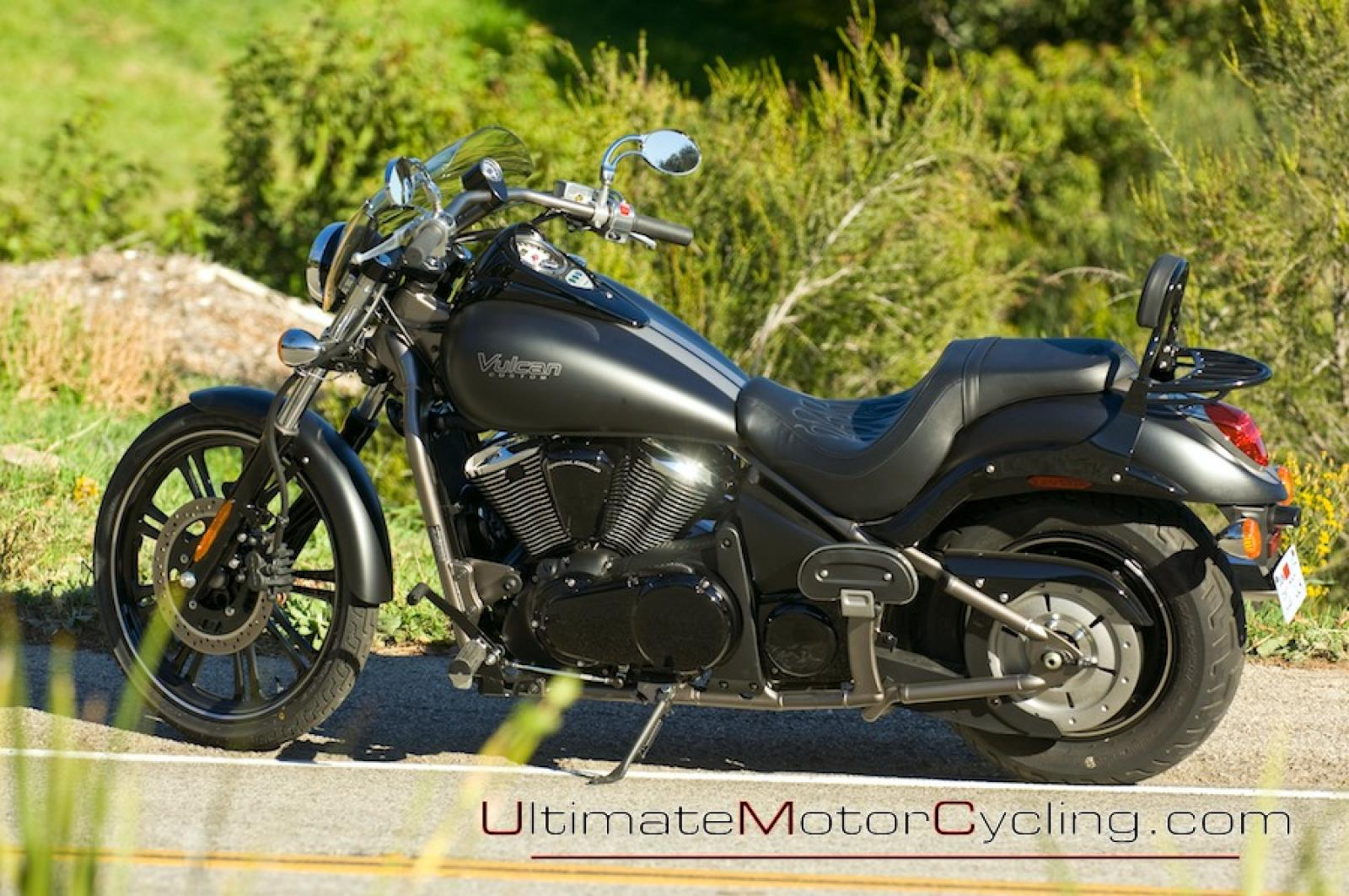 2010 kawasaki vulcan 900 custom moto zombdrive com. Black Bedroom Furniture Sets. Home Design Ideas