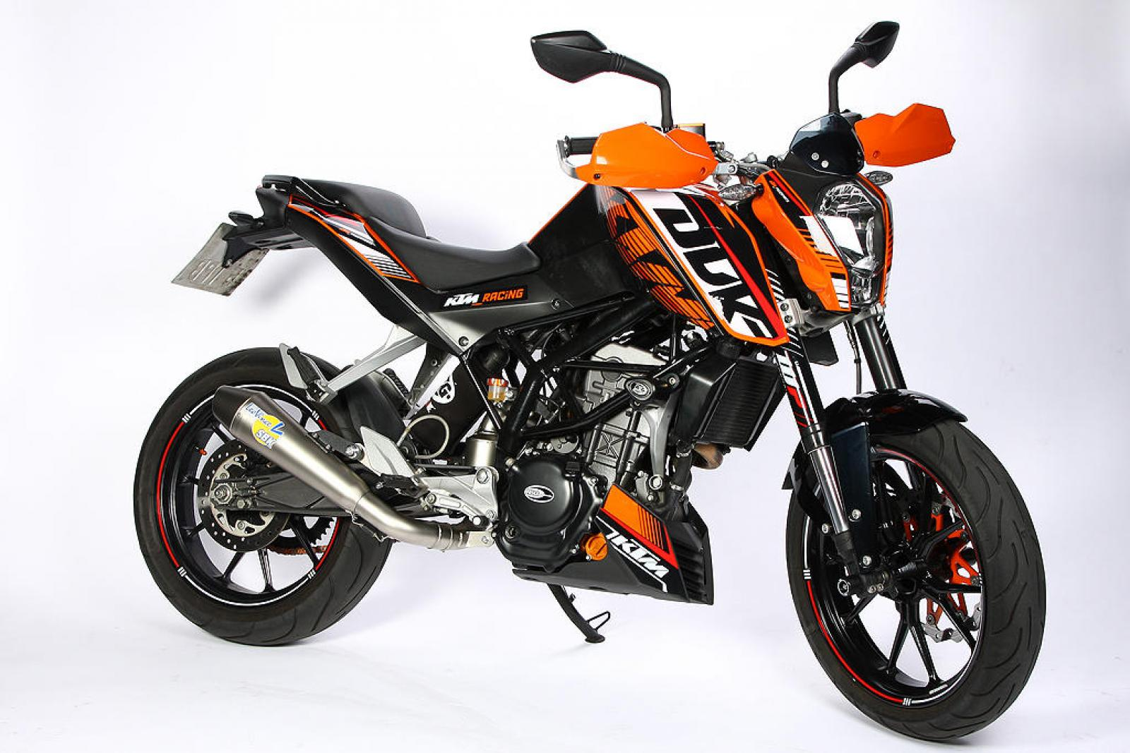 2014 ktm 125 duke moto zombdrive com. Black Bedroom Furniture Sets. Home Design Ideas