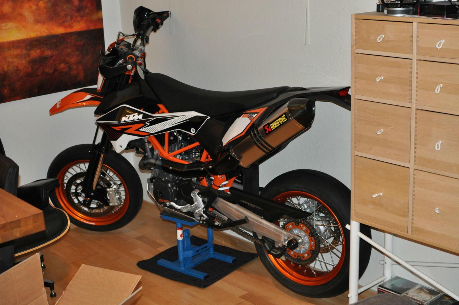 2014 ktm 690 smc r moto zombdrive com. Black Bedroom Furniture Sets. Home Design Ideas