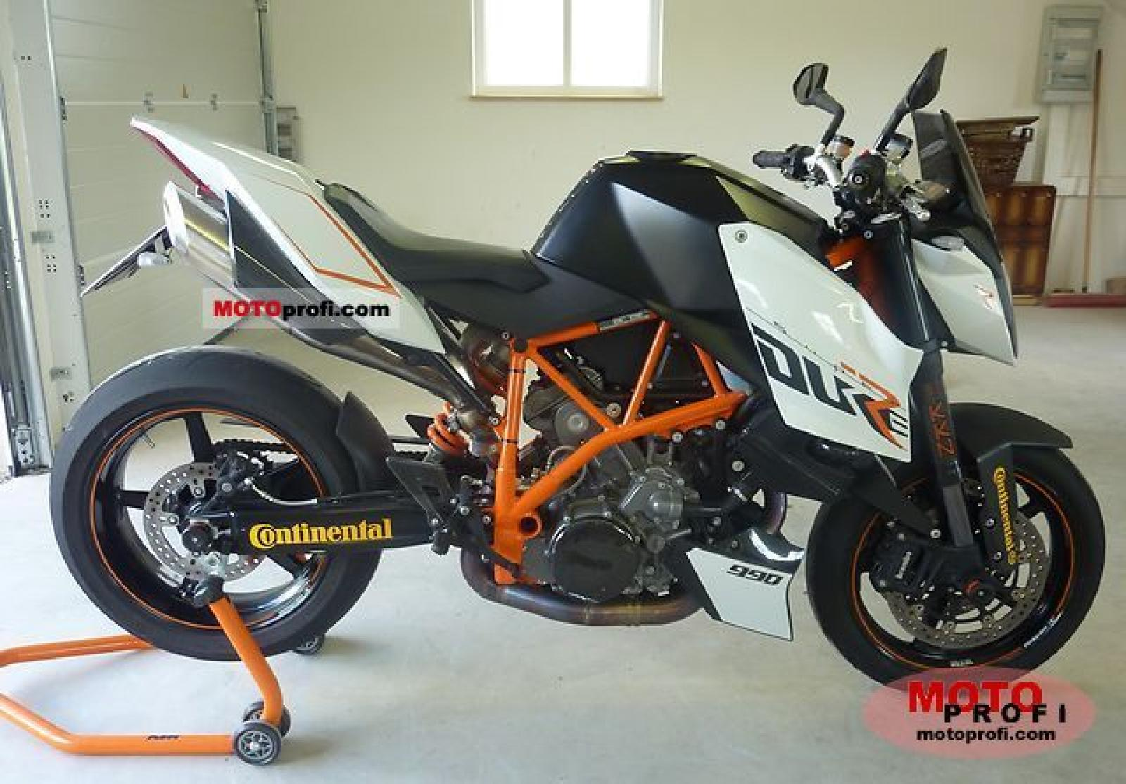 2009 ktm 990 superduke r moto zombdrive com. Black Bedroom Furniture Sets. Home Design Ideas
