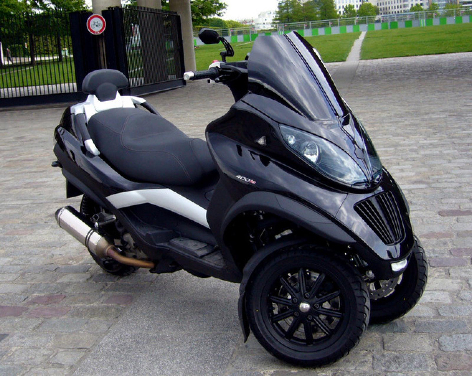 2010 piaggio mp3 400 lt moto zombdrive com. Black Bedroom Furniture Sets. Home Design Ideas