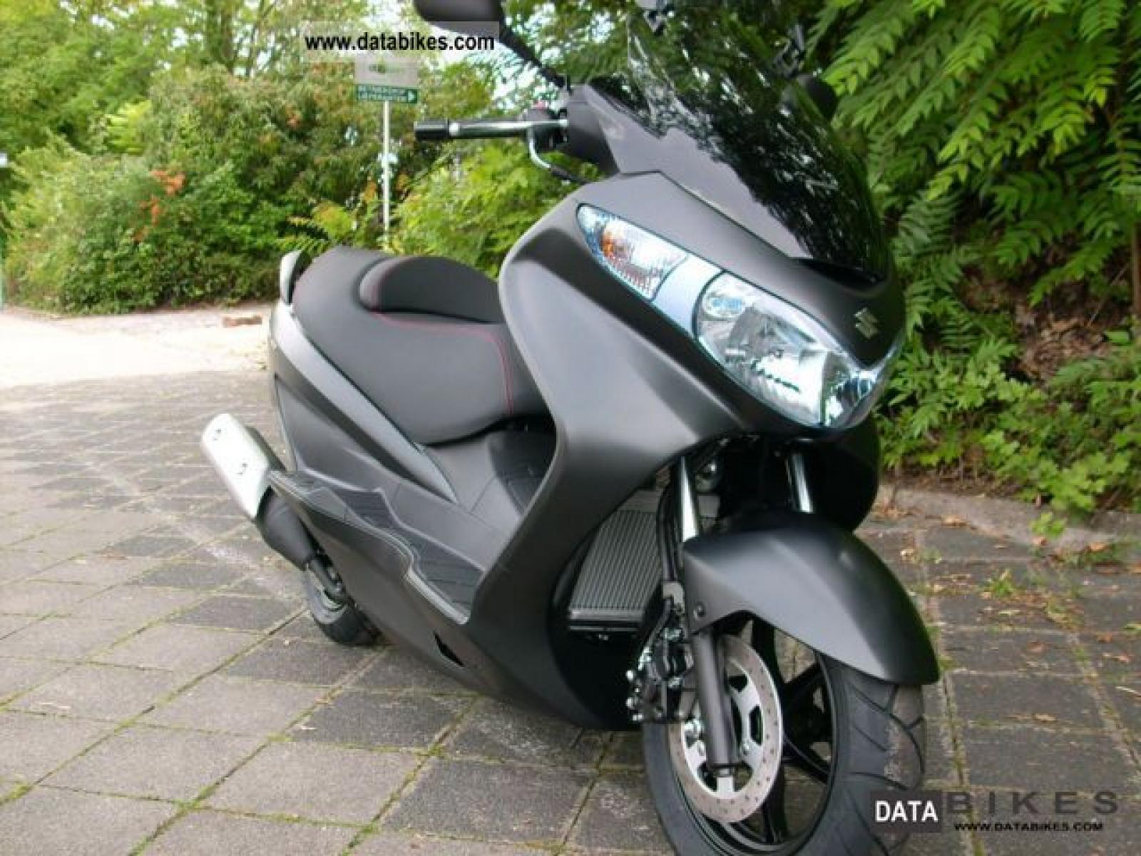 2011 suzuki burgman 125 moto zombdrive com. Black Bedroom Furniture Sets. Home Design Ideas