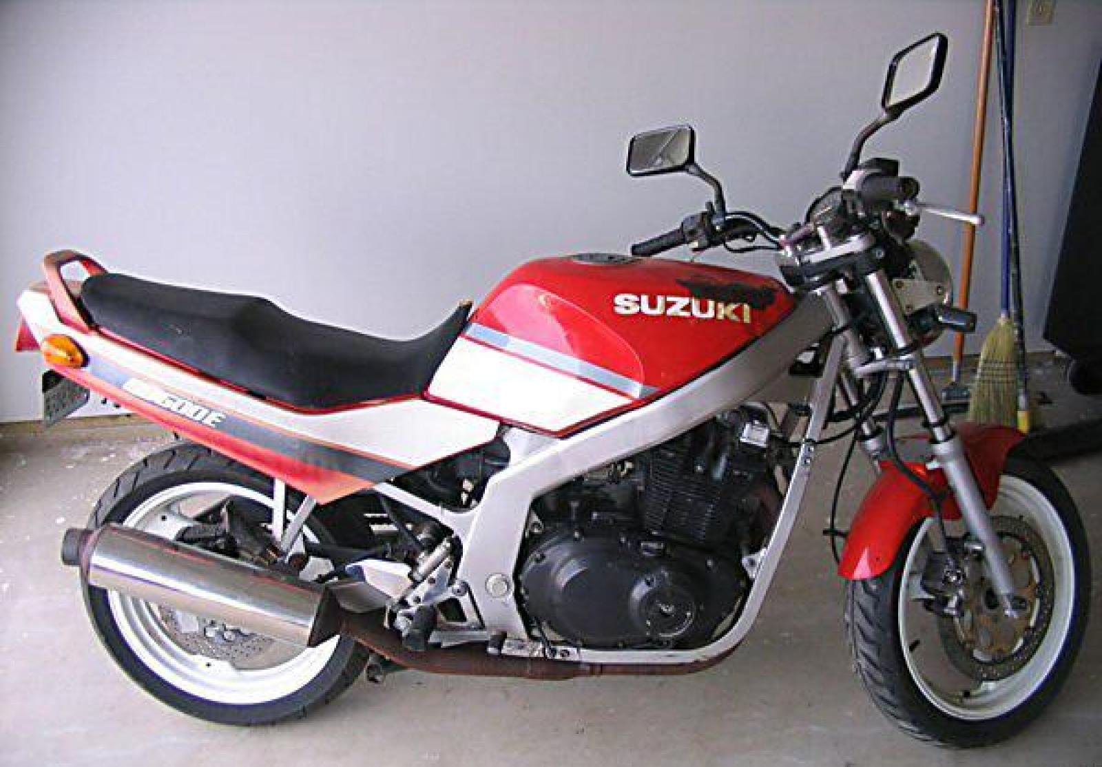 1990 suzuki gs 500 e moto zombdrive com. Black Bedroom Furniture Sets. Home Design Ideas