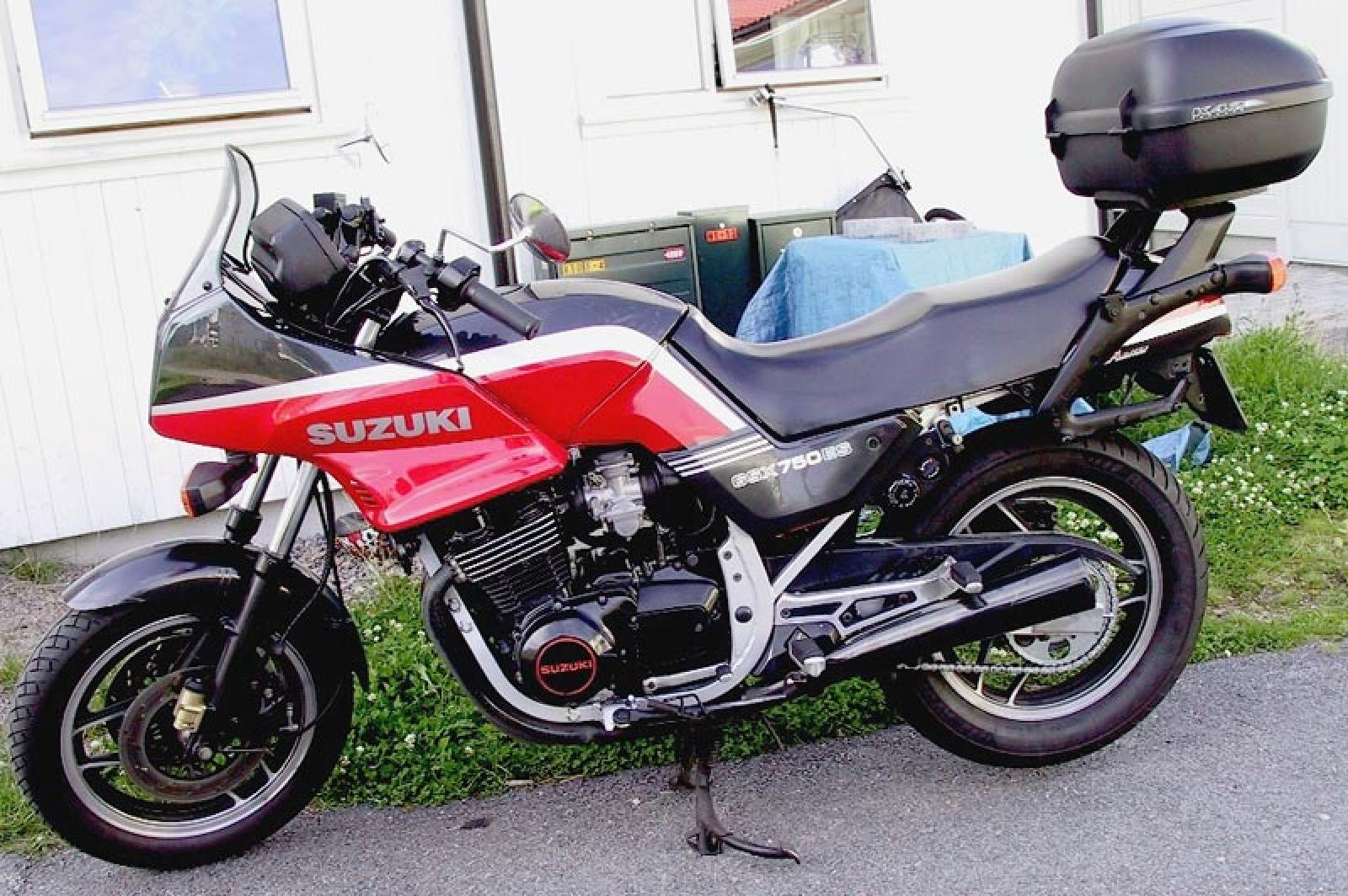 1984 suzuki gsx 750 es moto zombdrive com. Black Bedroom Furniture Sets. Home Design Ideas