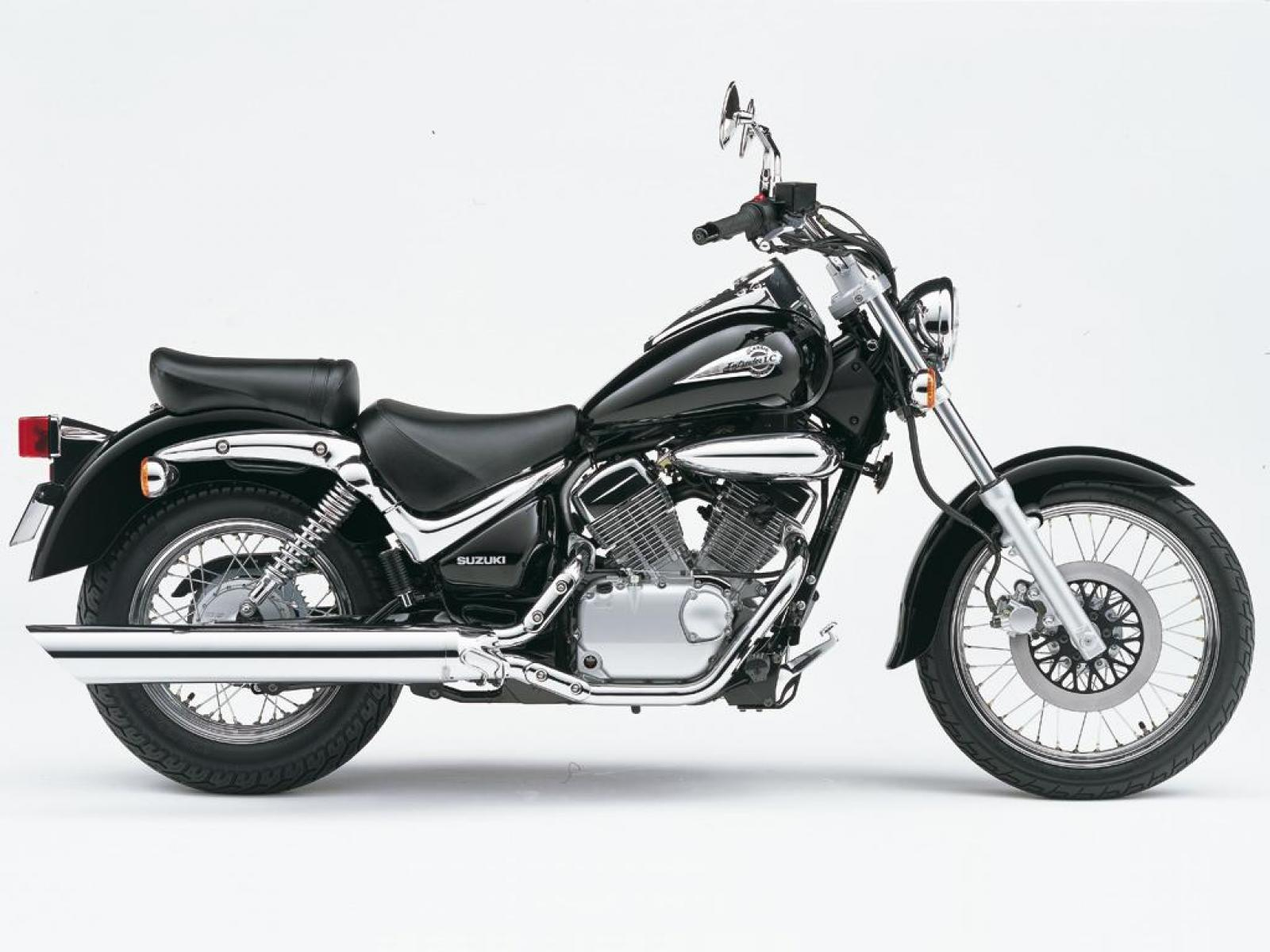 suzuki suzuki intruder 125 moto zombdrive com. Black Bedroom Furniture Sets. Home Design Ideas