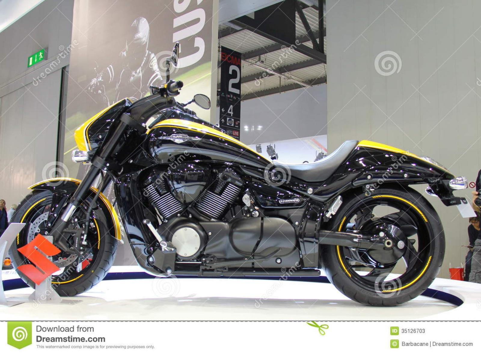 2014 suzuki intruder m1800rb moto zombdrive com. Black Bedroom Furniture Sets. Home Design Ideas