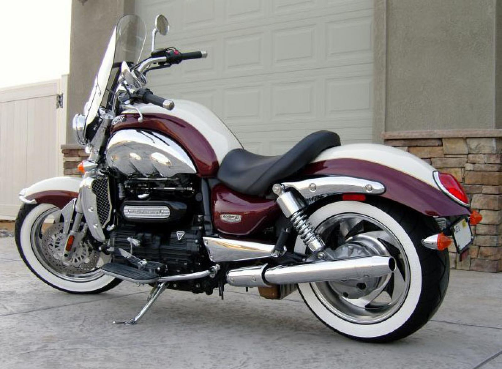 2008 triumph rocket iii classic moto zombdrive com. Black Bedroom Furniture Sets. Home Design Ideas