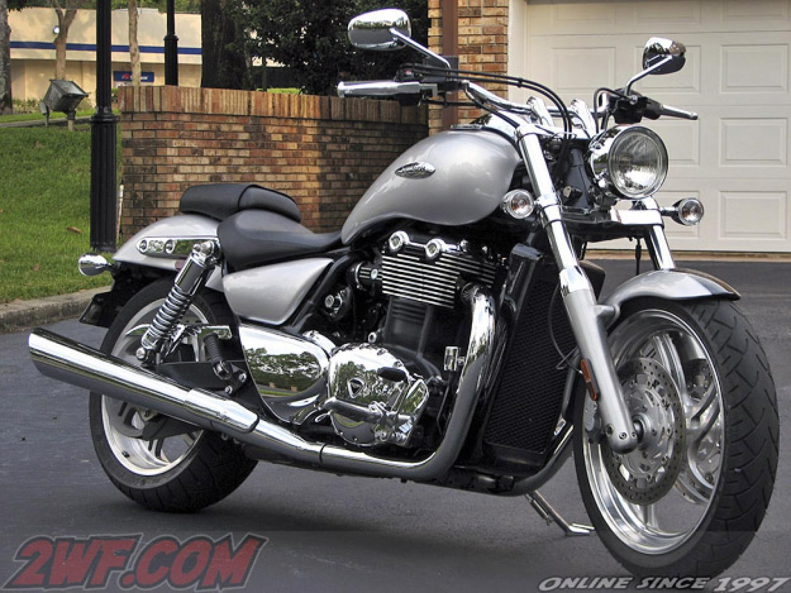 2011 triumph thunderbird se moto zombdrive com. Black Bedroom Furniture Sets. Home Design Ideas