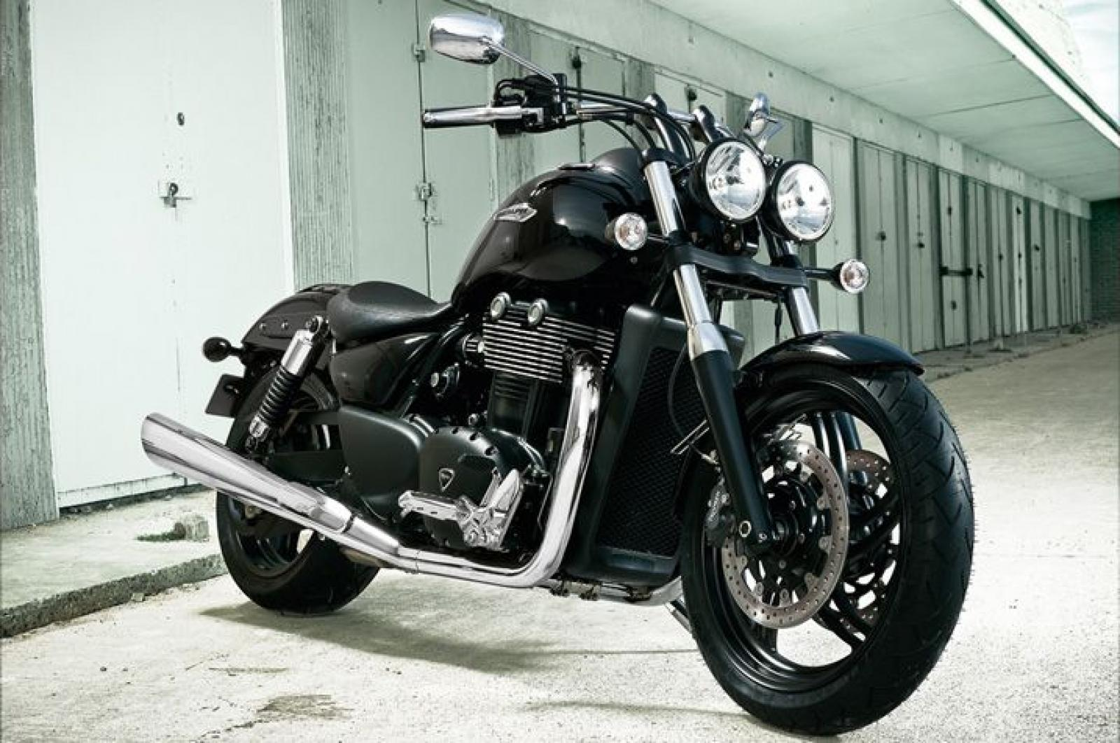 2013 triumph thunderbird storm moto zombdrive com. Black Bedroom Furniture Sets. Home Design Ideas