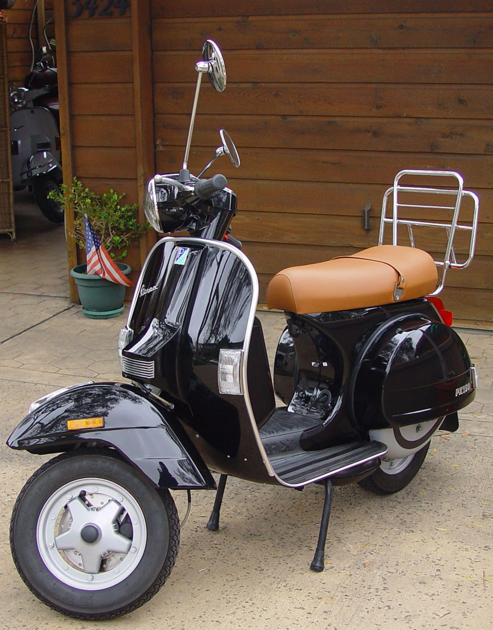 2005 vespa px 150 moto zombdrive com. Black Bedroom Furniture Sets. Home Design Ideas