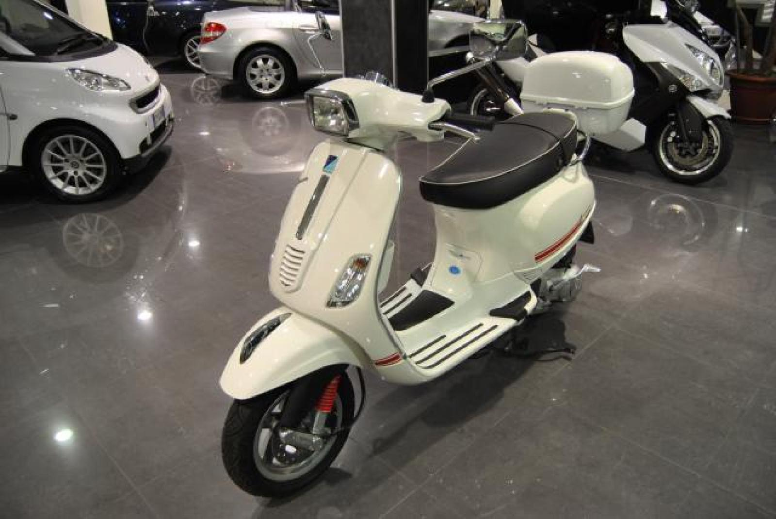 2008 vespa s 125 moto zombdrive com. Black Bedroom Furniture Sets. Home Design Ideas