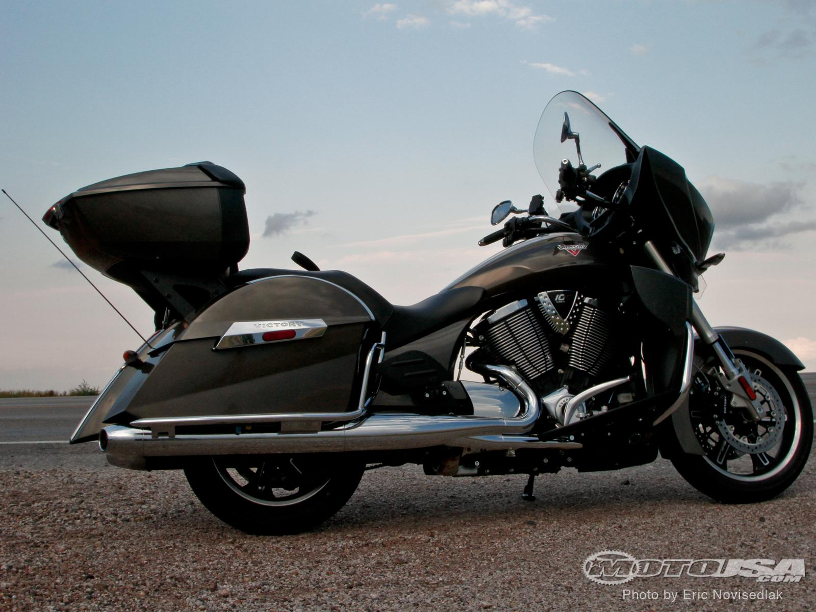 2013 Victory Cross Country Tour Shop Manual  cveede