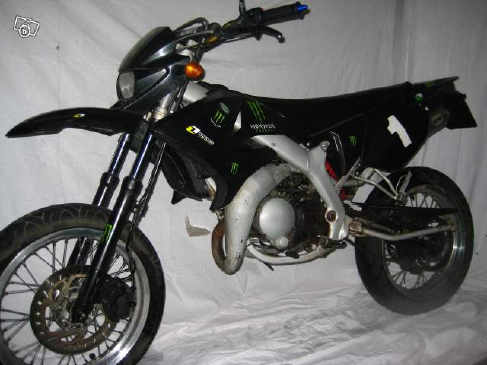 2004 yamaha dt 50 supermotard moto zombdrive com. Black Bedroom Furniture Sets. Home Design Ideas