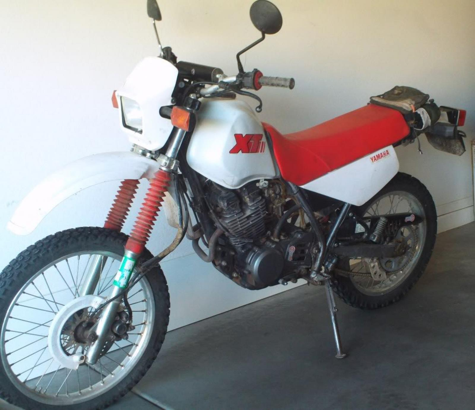 1986 yamaha xt 350 reduced effect moto zombdrive com. Black Bedroom Furniture Sets. Home Design Ideas