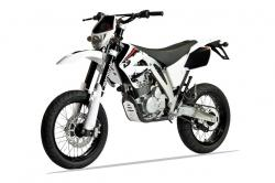 AJP PR4 Enduro - for those who love riding