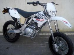 AJP Super motard