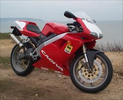 Cagiva Mito 125: An unrestricted wonder
