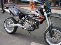 CCM 404 DS Supermoto 2010