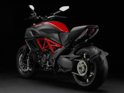 Ducati Diavel Dark 2013 #12