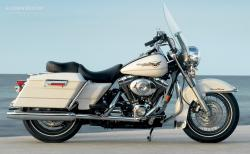 Harley-Davidson FLHP Road King Fire Rescue #12