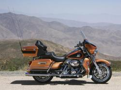 Harley-Davidson FLHTC Electra Glide Classic 2008 #10
