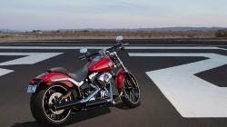 Harley-Davidson Softail Breakout Special Edition #14