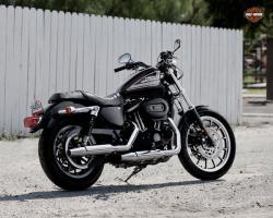 Harley-Davidson Sportster 883 Roadster, an immortal legend in the world of the bikes
