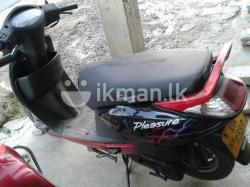 Hero Honda Pleasure 100 2010 #3